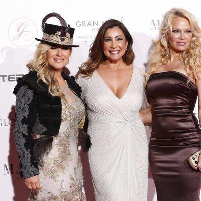Anastacia, Pilar García y Pamela Anderson en la fiesta de Global Gift de Madrid de 2018