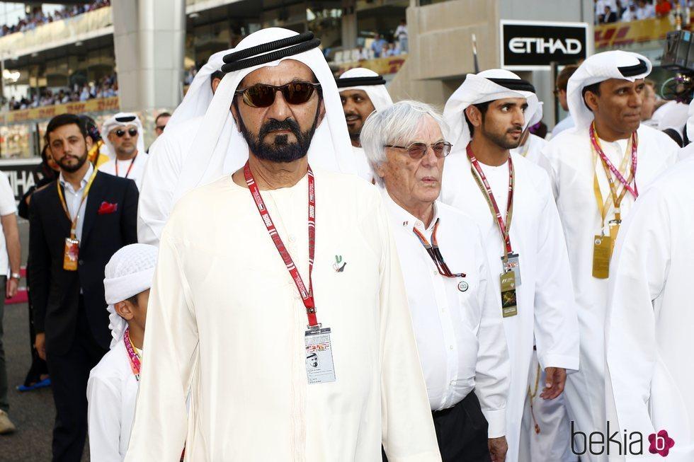 Sheikh Mohammad bin Rashid Al Maktoum en una carrera de Fórmula 1 en Abu Dhabi