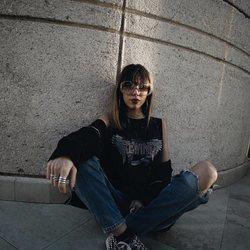 Alejandra Rubio posa con maxi gafas
