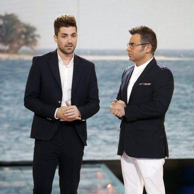 Alejandro Albalá y Jorge Javier Vázquez en una gala de 'Supervivientes 2018'