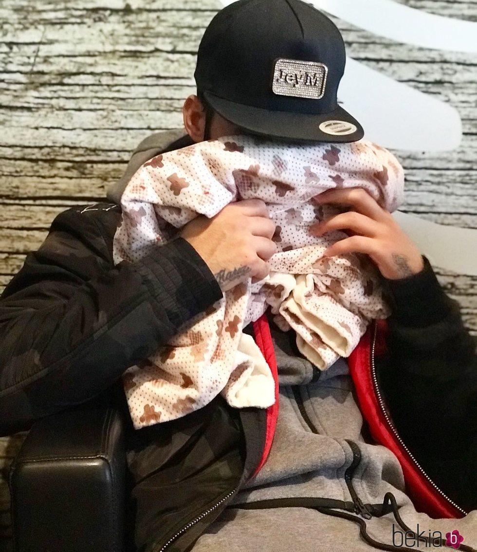 Jesé Rodríguez muy afectado por el estado de salud de su hijo