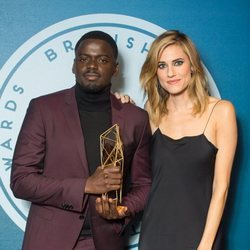 Allison Williams y Daniel Kaluuya en el Festival Internacional de Cine Independiente en Londres