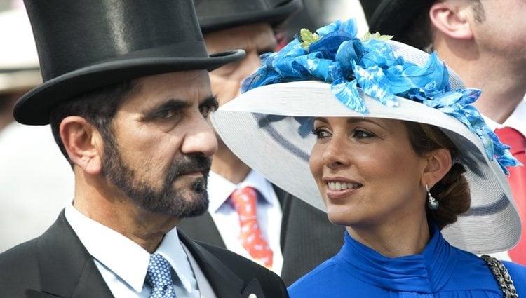 El Emir de Dubai junto a su segunda esposa en 2010