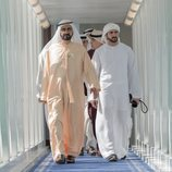 El Emir de Dubai junto a su hijo, el heredero Hamdan bin Mohammed Al Maktoum