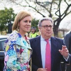María Dolres de Cospedal y Juan Ignacio Zoido en la corrida del Domingo de Resurrección 2018 de Sevilla