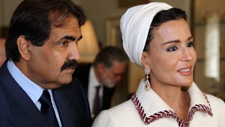 El Emir de Catar junto a su segunda esposa, Mozah bin Nasser Al-Missned