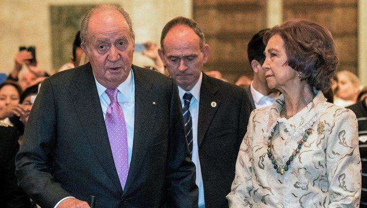 Los Reyes Juan Carlos y Sofía durante la celebración de la Misa de Pascua 2018