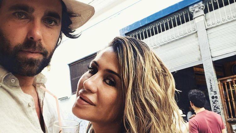 Elena Tablada con Javier Ungría disfrutando en La Habana
