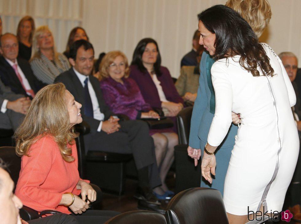 Esther y Alicia Koplowitz durante la entrega de las Medallas de Oro al Mérito en el trabajo 2014