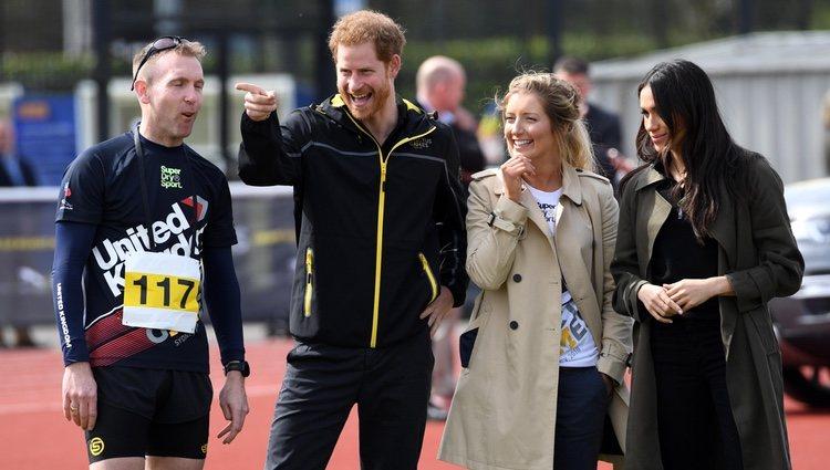 El Príncipe Harry y Meghan Markle en la Universidad de Bath