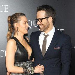 Blake lively y Ryan Reynolds acuden juntos al estreno de la película 'A quiet place' en Nueva York