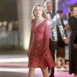 La actriz Dakota Fanning en un desfile de Dolce & Gabbanna en Nueva York