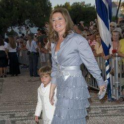 Alexia de Grecia con su hijo Carlos Morales
