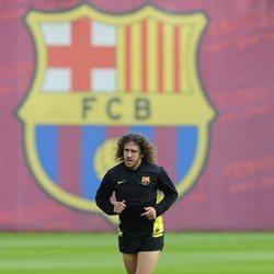 Carles Puyol entrenando en las instalaciones del FC Barcelona