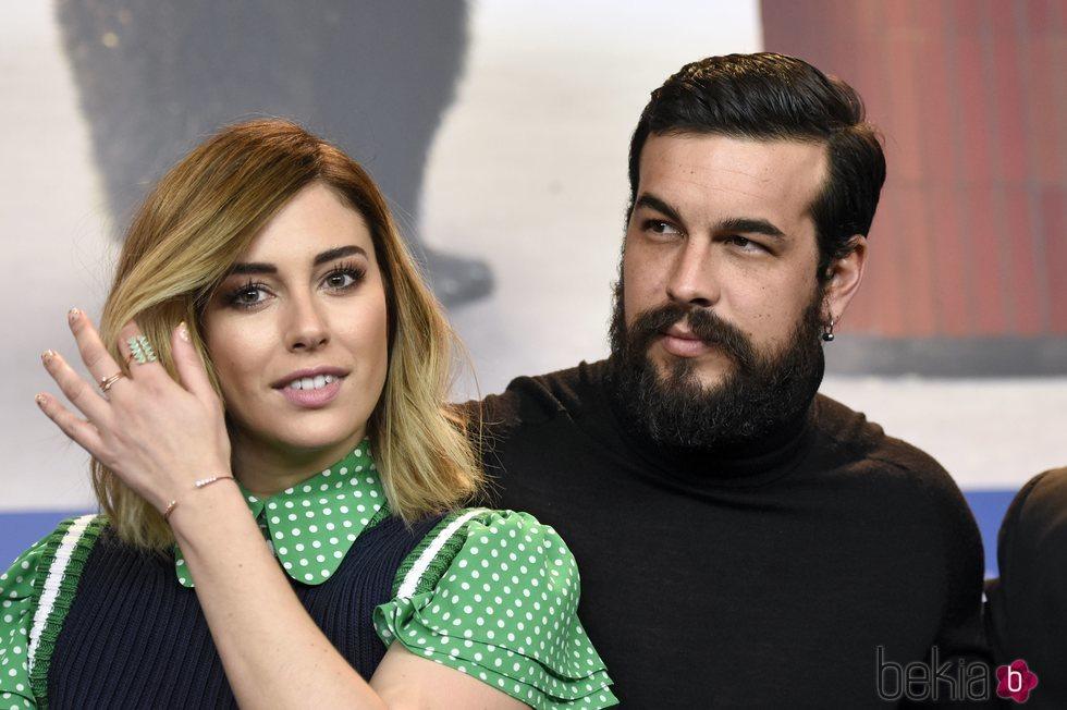 Blanca Suárez y Mario Casas en la presentación de 'El Bar'