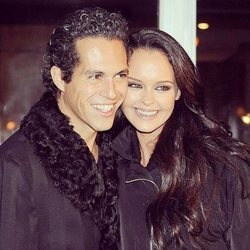 Shaila Dúrcal y Dorio Ferreira en su décimo aniversario de boda