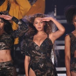 Beyoncé, Kelly Rowland y Michelle Williams actuando en el Coachella 2018