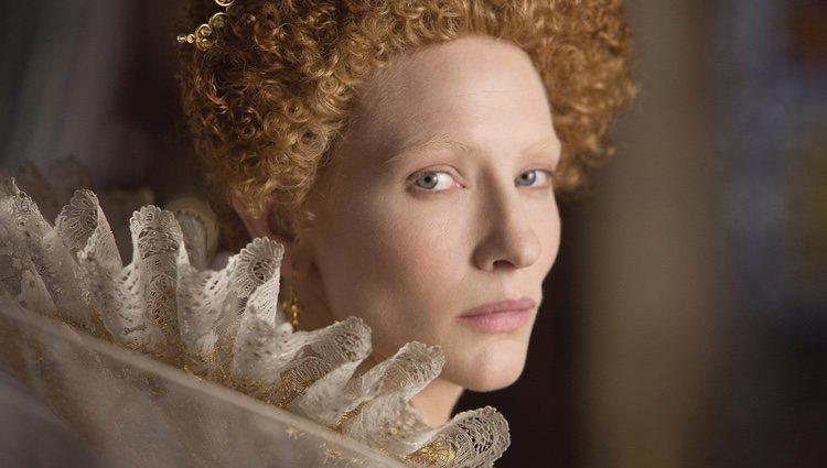Cate Blanchett interpretando a la Reina Isabel I de Inglaterra