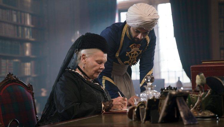 Judi Dench en una escena de la película 'Victoria y Abdul'