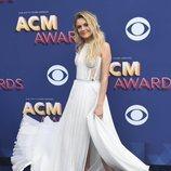 Kelsea Ballerini en los premios CMA Awards 2018