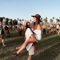 Dulceida y su mujer Alba Paul en el Festival Coachella 2018