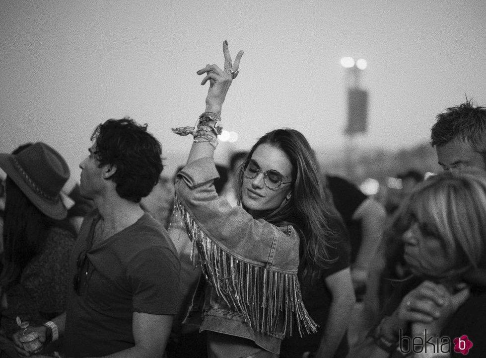 Alessandra Ambrosio en el Coachella 2018