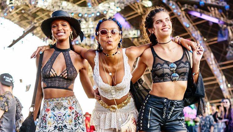 Jasmine Tookes, Lais Ribeiro y Sara Sampaio durante el Coachella 2018
