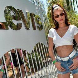 Bella Hadid en el evento de Levis en el Festival Coachella 2018