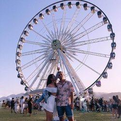 Paula Gonu y su novio en el Coachella 2018