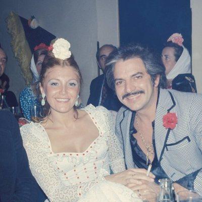 Carmen Cervera y Espartaco Santoni en una fiesta