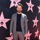 Edgar Ramírez en la inauguración de la estrella del Paseo de la Fama de Hollywood de Eva Longoria