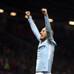 David Silva celebrando el título de la Premier League