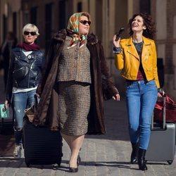 Brays Efe, Lidia San José y Virginia Rodríguez en la segunda temporada de 'Paquita Salas'