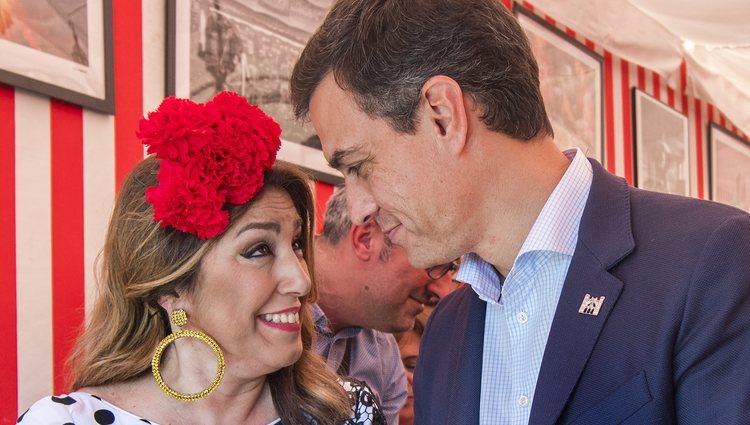 Susana Díaz Se Arranca Por Sevillanas En La Feria De Abril: Juan Betancourt, Chabelita Pantoja, Pedro Sánchez... Los