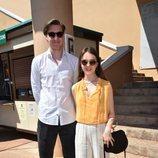 Alexandra de Hannover y su novio en la entrada de un evento deportivo