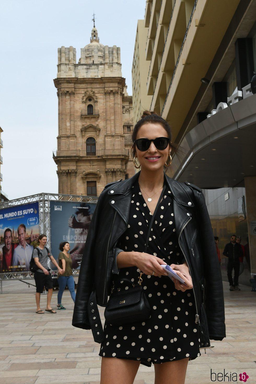 Paula Echevarría disfrutando de los monumentos de Málaga