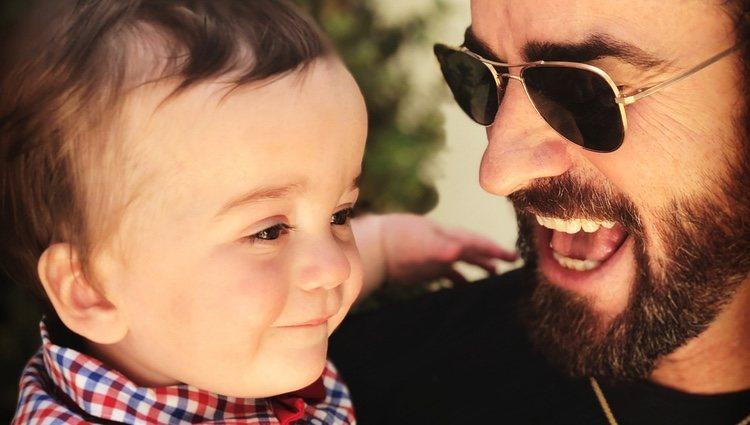 Justin Theroux junto al hijo de Jimmy Kimmel, Billy