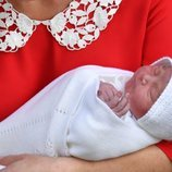 El tercer hijo de los Duques de Cambridge a la salida del hospital