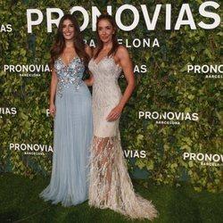Elsa Anka y Lidia Torrent en el desfile de Pronovias en la Barcelona Bridal Fashion Week 2018