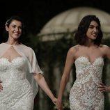 Blanca Romero y Lucía Rivera, todo naturalidad durante la Barcelona Bridal Fashion Week 2018