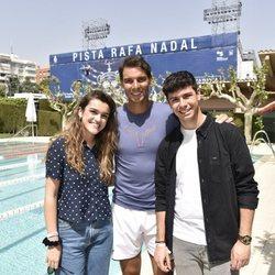 Alfred y Amaia con Rafa Nadal en el Trofeo Conde de Godó