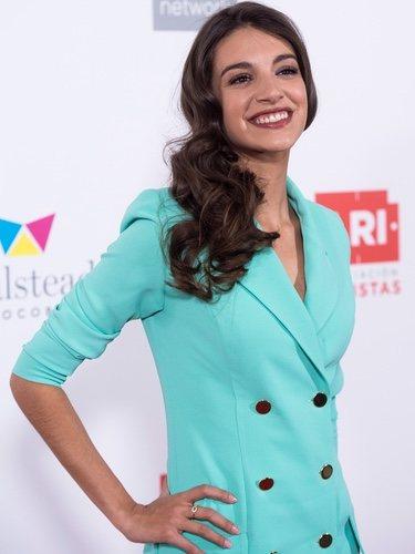 Ana Guerra posando en los Premios Ari 2018