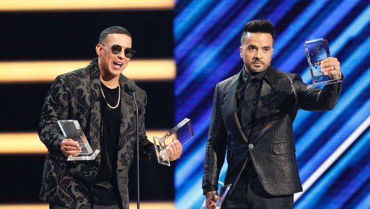 Daddy Yankee y Luis Fonsi en los Premios Billboard de la Música Latina de 2018