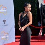 Becky G en la alfombra roja de los Premios Billboard de la Música Latina de 2018