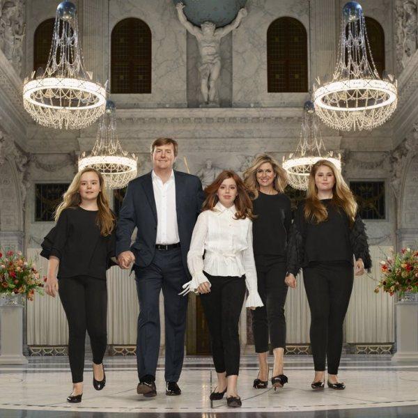 La Familia Real Holandesa celebra el quinto aniversario de reinado de Guillermo Alejandro de Holanda