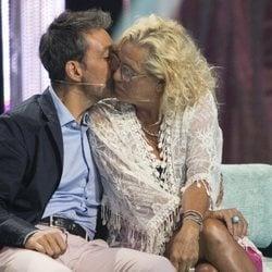 Mayte Zaldívar y Fernando Marcos se besan en la gala 7 de 'Supervivientes 2018'