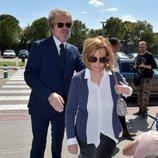 María Teresa Campos y Edmundo Arrocet en el tanatorio tras el fallecimiento de José María Íñigo