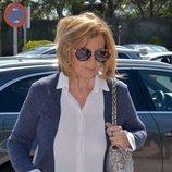 María Teresa Campos en el tanatorio tras el fallecimiento de José María Íñigo