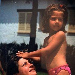 Thais Blume comparte una foto con su madre por el Día de la Madre 2018