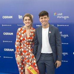 Alfred y Amaia en la Blue Carpet antes de Eurovisión 2018